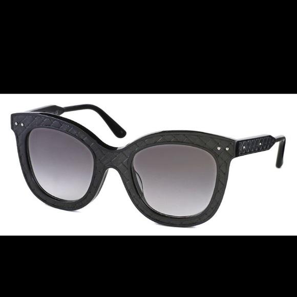 0a5ab80366 Bottega Veneta Cat Eye Sunglasses